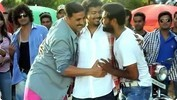 Akshay Kumar, Vijay Dance On the Sets of Rowdy Rathore