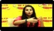 Vidya Balan Promotes 'Kahaani' at a Radio Station