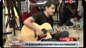 Ali Zafar & his brother entertain fans at a restaurant