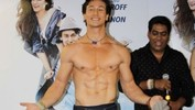 Tiger Shroff Shows Off His Chiseled Body On World Dance Day - Heropanti