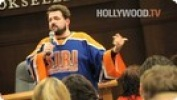 Kevin Smith is Happy at Barnes and Noble