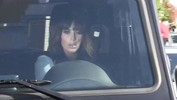 Pregnant Kim Kardashian Causes PAPARRAZZI FIGHT